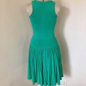 Kelly Green Knit Banded Drop Waist Pleated Dress